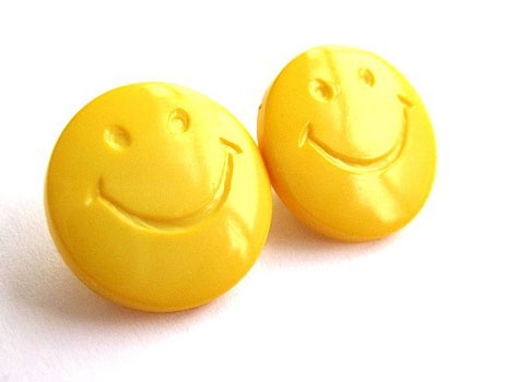 Bijunea-Smiley-Face-Earrings