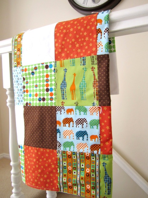 LilTulip-Polka-Dot-Baby-Blanket-Animals