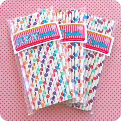 Polka-dot-straws-HeyYoYo-Etsy